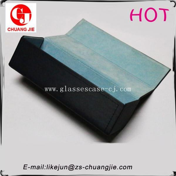 ChuangJie 8144 Black PU Handicraft Glasses Case
